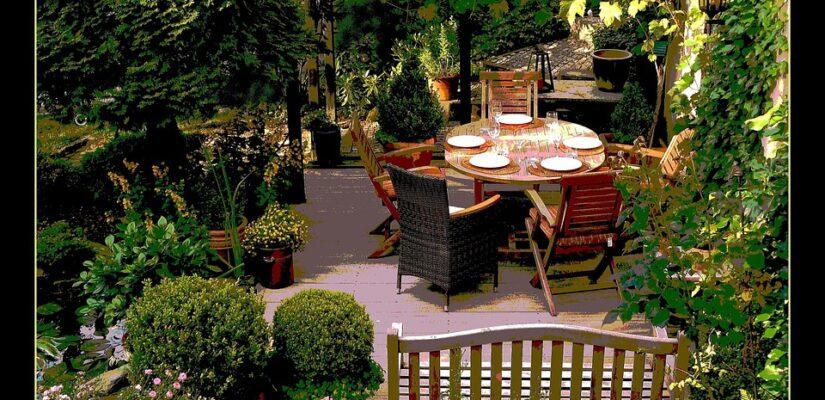 традински мебели за двор